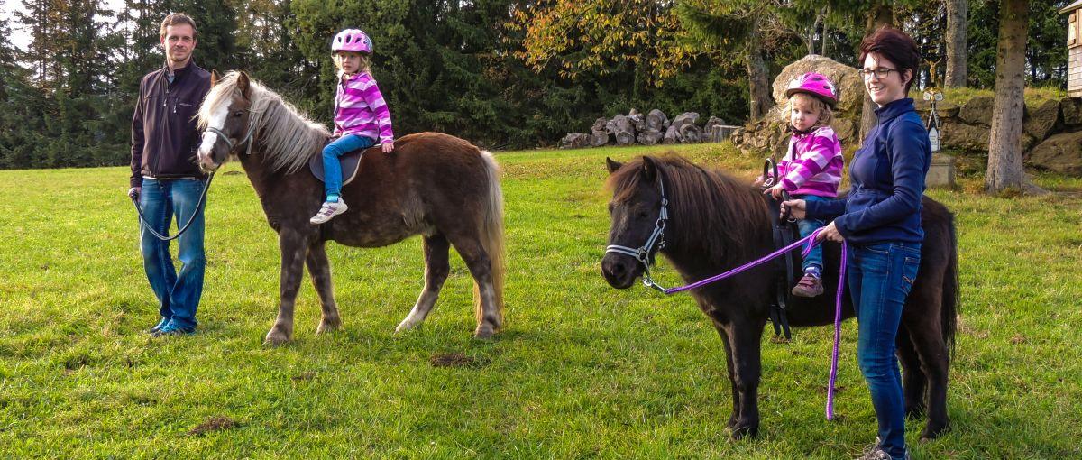 Reiturlaub am Bauernhof Ponyreiten für Kinder
